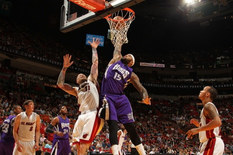 MIAMI, FL - MARCH 7: DeMarcus Cousins #15 of the Sacramento Kings goes to the basket against Chris Andersen #11 of the Miami Heat on March 7, 2015 at American Airlines Arena in Miami, Florida. NOTE TO USER: User expressly acknowledges and agrees that, by downloading and or using this Photograph, user is consenting to the terms and conditions of the Getty Images License Agreement. Mandatory Copyright Notice: Copyright 2015 NBAE (Photo by Issac Baldizon/NBAE via Getty Images)